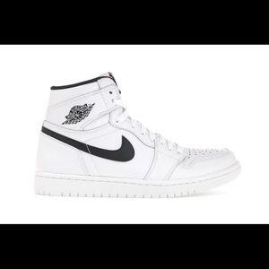 Air Jordan 1 Retro High OG White size 9